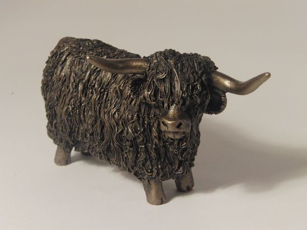 Highland Bull standing - small